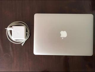 MACBOOK AIR i7 256gb IMPECABLE