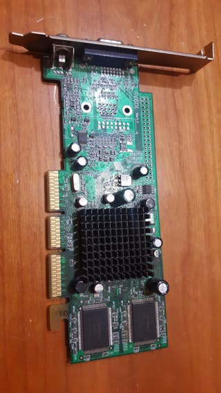 Ati Radeon 7000 RV6DL VGA 32mb agp