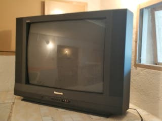 tv Panasonic tubo