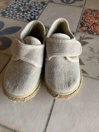 Zapatilla lino bebe