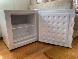Congelador Frigelux CUBECV40A++