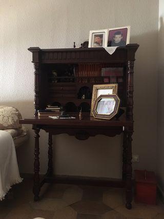Mueble bargueño