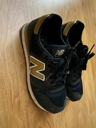 Zapatillas New Balance Negras y Oro 38