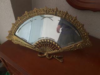 espejo de bronce forma de abanico