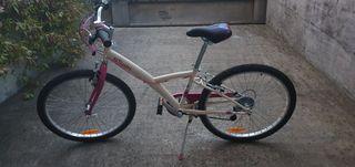 Bicicleta b'Twin niños entre 8/12 años URGE VENTA
