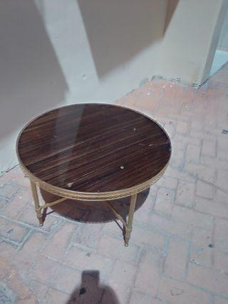 Mesa redonda antigua