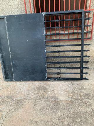 Puerta de entrada vehículos para chalet o terreno