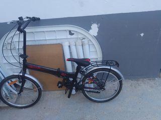 se vende bicicleta plegable un par de uso solo