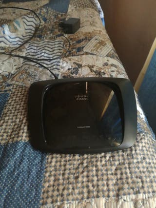 Router / Repetidor Wifi Cisco Linksys E1000