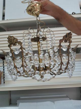 Lámpara de cristales y apliques