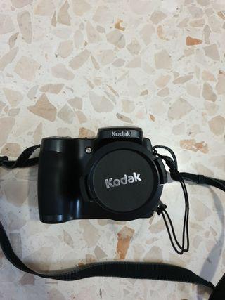 Cámara digital de fotos Kodak Easyshare ZD710