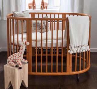 Minicuna cuna cama y cambiador stokke