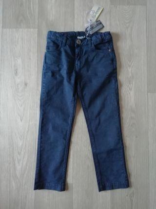 Pantalón azul marino talla 6 años
