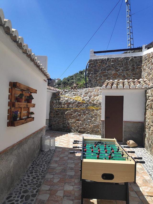 CASA DE CAMPO EN TORROX CON PISCINA (Torrox, Málaga)