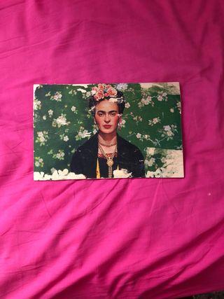 Madera con ilustración de Frida Kahlo