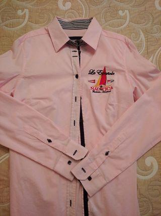 Camisa marca La Española. prácticamente nueva.