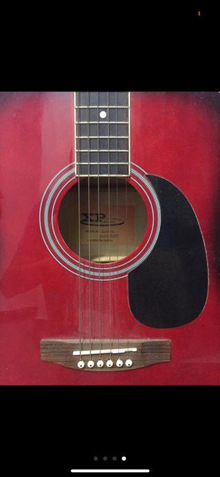 Guitarra acústica.