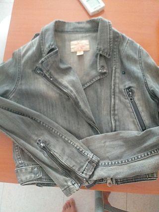 chaqueta tejana Levis