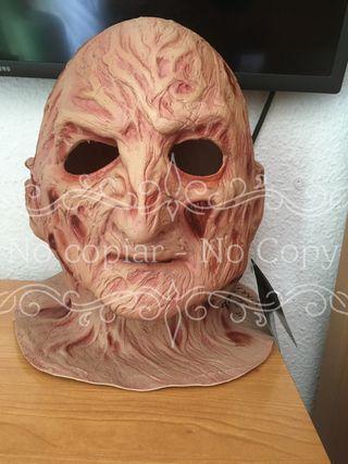 Mascara Freddy Krueger Firmada por Robert Englund