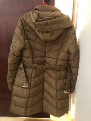 abrigo de frío e nieve