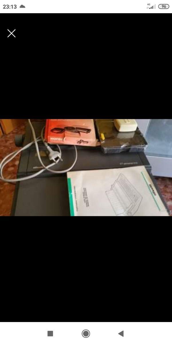 Maquina de escribir marca Olibetty está nueva