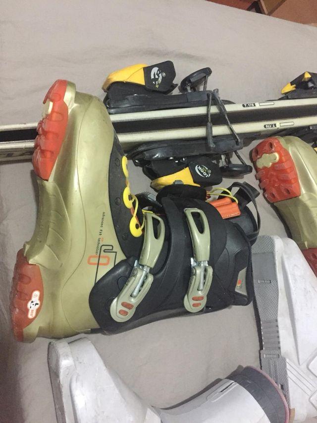esquíes + botas