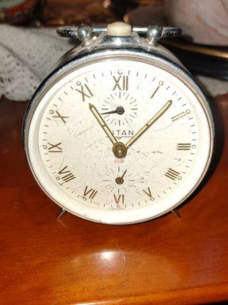 Reloj antiguo en la provincia de Burgos en WALLAPOP