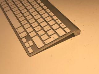 Apple Magic Keyboard Inalambrico
