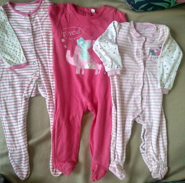 3 pijamas enteros. 1 año (80 cm)