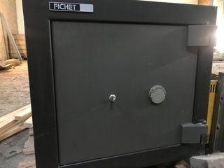 Caja fuerte fichet de alta seguridad