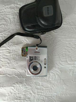 cámara de fotos Nikon 6Mp