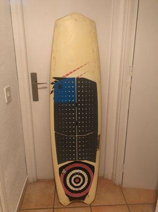 Vendo tabla surfkite