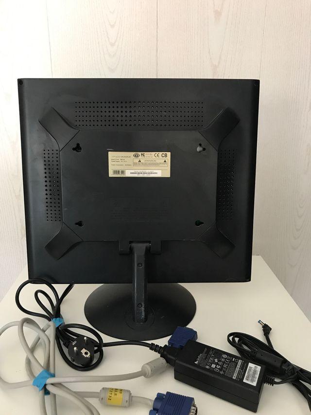 MONITOR PC LCD 17