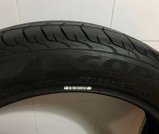 Neumático BMW i3