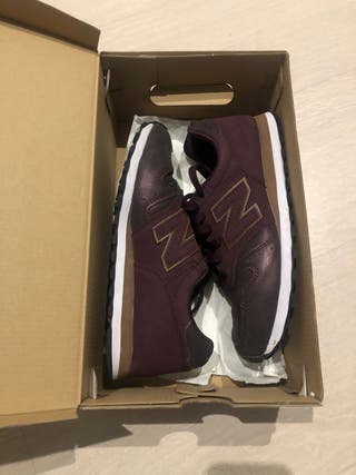 Zapatillas new balance Moradas