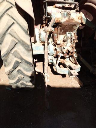 tractor motransa 551