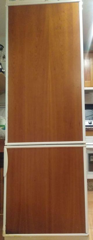 Un frigorifico
