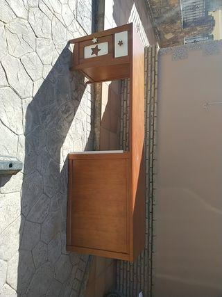 escritorio y estantería