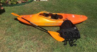 Kayak de rio/olas como NUEVO