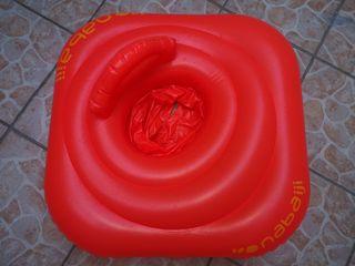 Flotador con asiento y respaldo para bebé
