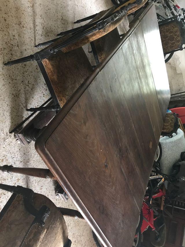 Mesa del siglo XVIII