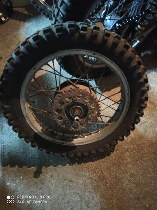 rueda bultaco matador mk5, metralla mk2