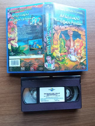 2 cintas VHS de En Busca del Valle Encantado