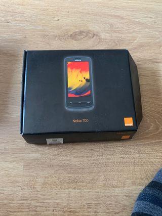Nokia 700 nuevo y libre