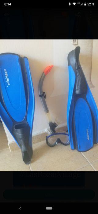 Kit snorkel... aletas gafas y tubo.