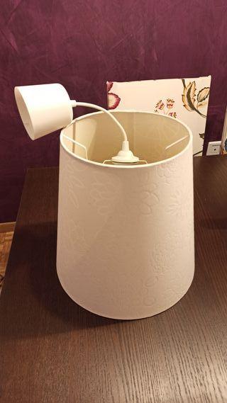 Lámpara Blanca Ikea (Bien cuidada)