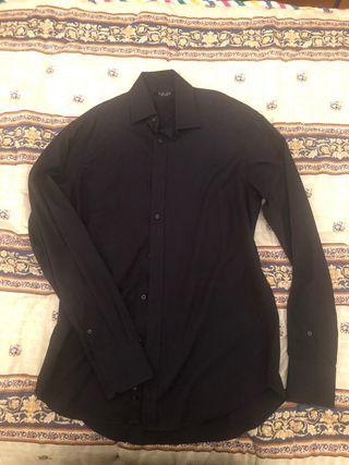 Camisa Zara negra