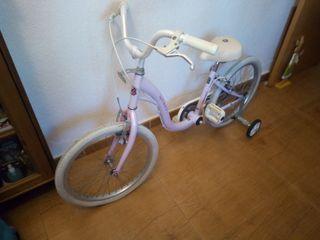 bicicleta de niña Marca monty, urge vender la