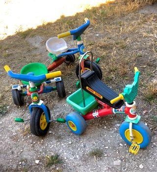 Triciclos bicicletas de colores infantiles