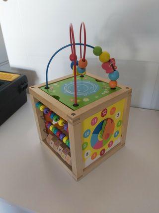 Juguetes de madera para bebés de segunda mano en la